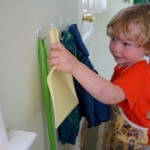 Little hooks for independent little hands