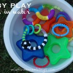 baby play: rings in water