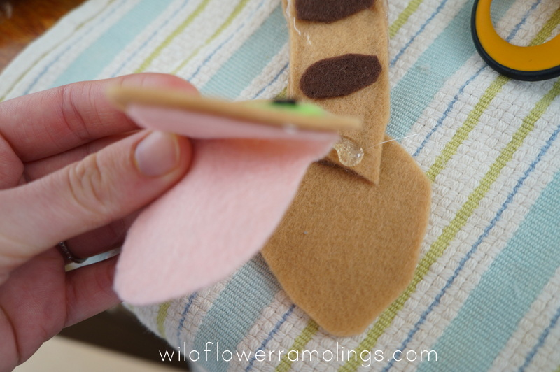 How to Make a Felt Viper {ABC Animals in Felt} from WIldflower Ramblings